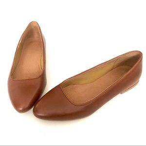 Simple Brown Leather Flats. Size 9.